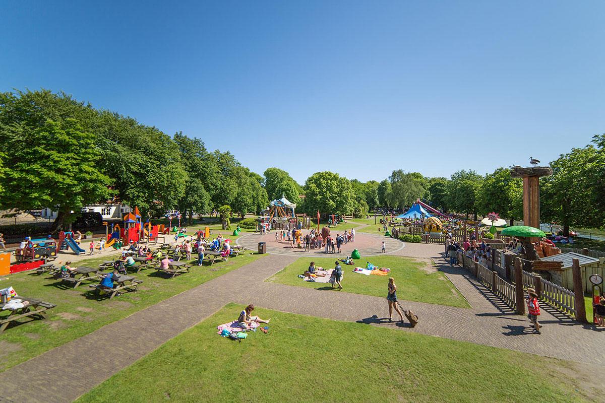 Spelen in Oud Valkeveen