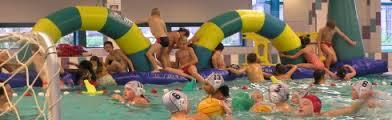 Zwemfeestje in Rotterdam